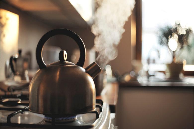 Stromsparen wasserkocher in der küche